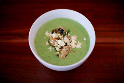 Quick and delicious pea soup
